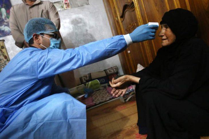 COVID-19: La vacuna de Oxford/AstraZeneca, un impulso al acceso mundial, pero que no elimina enormes desigualdades