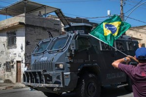 csm_214607_Protest__on_04_April_2015__against_the_killings_of_10_year_old_Eduardo_and_other__residents_by_the_police_at_Complexo_do_Alem_o__Rio_de_Janeiro__Brazil_864a73db07